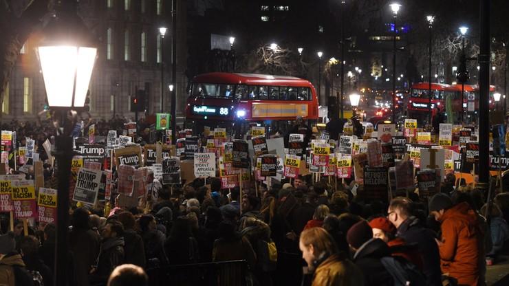 Brytyjczycy przeciwko dekretowi Trumpa. Izba Gmin: dyskryminacyjny, kontrproduktywny, dzieli ludzi