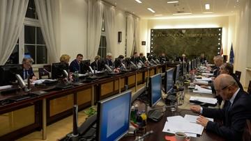"""KRS: projekt zmian przepisów o Radzie """"niekonstytucyjny"""", Ziobro - """"zmiany zgodne z konstytucją"""""""