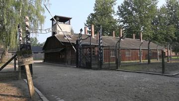 02-08-2016 18:08 Turyści odpowiedzą za okradanie i niszczenie Muzeum Auschwitz