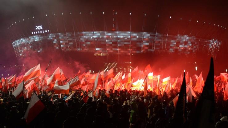 Znalezione obrazy dla zapytania DZIEŃ niepodległości warszawa transparent