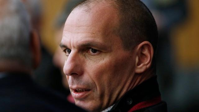 Warufakius ostrzega: Grecji grozi krach