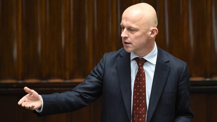 """Szałamacha o budżecie: bezrobocie będzie spadać, nastąpi """"odmrożenie"""" płac w budżetówce"""