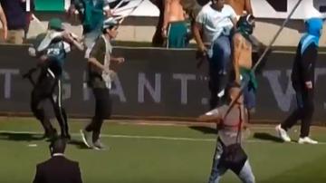 2015-12-07 Dramatyczne sceny w Chile! Bójka kibiców na boisku (WIDEO)