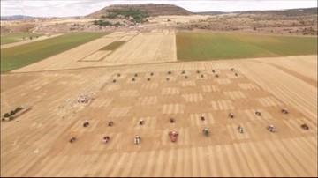21-08-2016 13:11 Hiszpania: największy na świecie mecz szachowy rozegrany za pomocą… traktorów