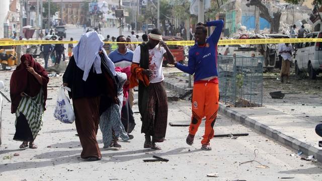 Somalia: 13 zabitych w samobójczym zamachu na hotel w Mogadiszu