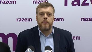 """2017-12-12 """"Premierem Polski zostaje bankier uwikłany w konflikt interesów"""". Partia Razem o Morawieckim"""