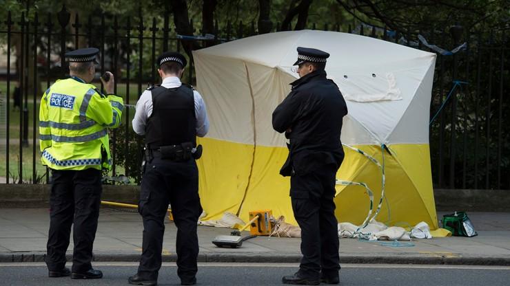 Brytyjska policja o ataku nożownika: spontaniczny; ofiary przypadkowe