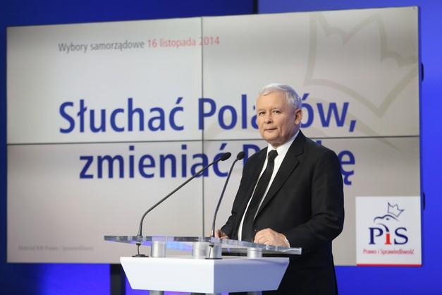 Politycy PiS ruszają w Polskę. Odwiedzą każdy powiat
