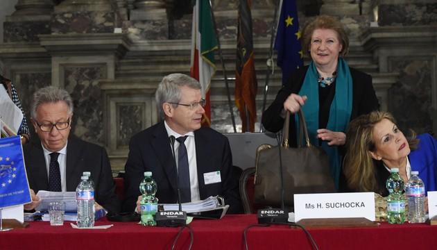 Rosja też skrytykowana przez Komisję Wenecką