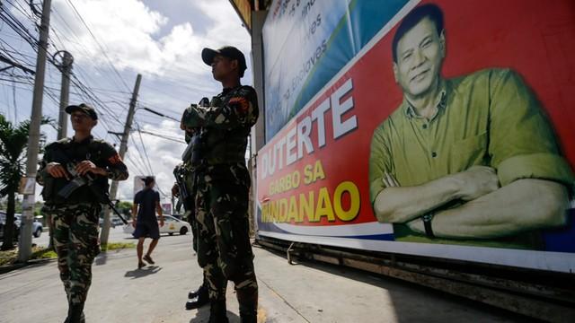Prezydent Filipin deklaruje zamiar odseparowania się od USA