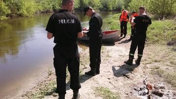 23-05-2017 14:37 Nurt rzeki porwał mężczyznę. Trwają poszukiwania