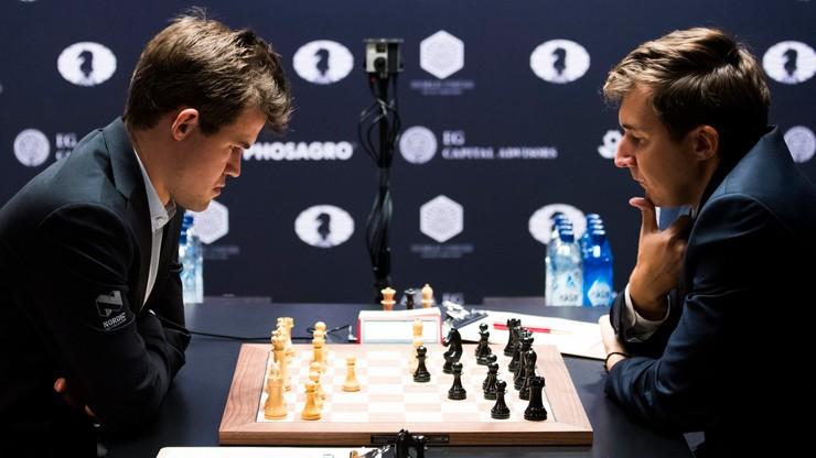 MŚ w szachach: Piąty remis w meczu Carlsena z Karjakinem