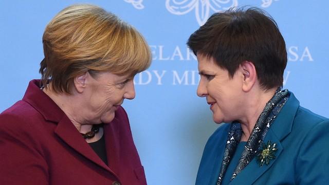 Szydło i Merkel są zgodne: sankcje UE wobec Rosji nie mogą być zniesione