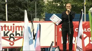 """01-10-2016 15:56 """"Żarty Się Skończyły"""". Protest przed Sejmem"""