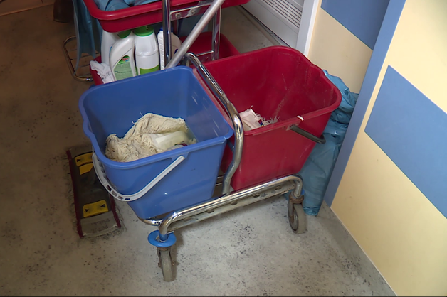Brud sparaliżował szpital
