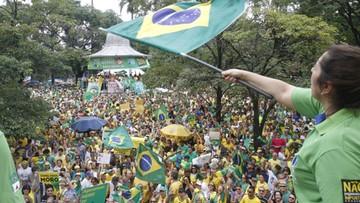 13-03-2016 18:02 Protesty w ponad 400 miastach Brazylii. Demonstranci chcą dymisji prezydent