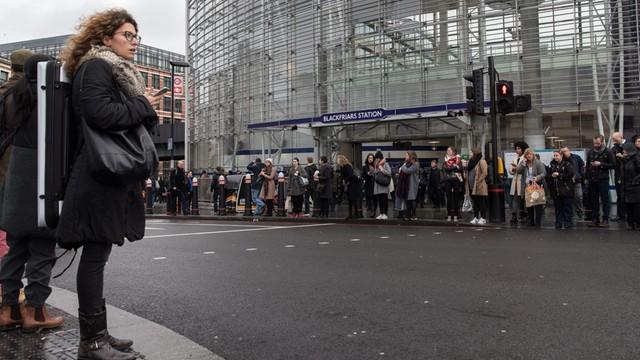 Londyńskie metro wznowiło działalność po strajku