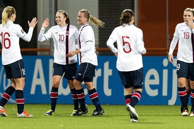 MŚ piłkarek nożnych - Norweżki zagrają w męskich strojach