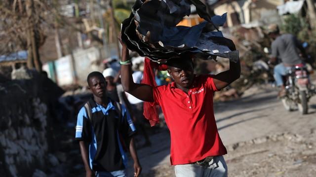 Po huraganie USA wstrzymują deportacje nielegalnych imigrantów z Haiti