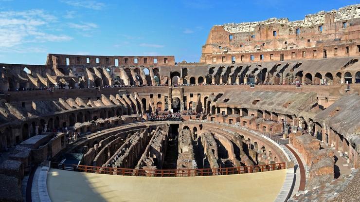 Poczuj się jak gladiator. Do Koloseum można wejść prosto na arenę