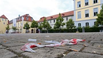 27-07-2016 14:50 Zamachowiec z Ansbach czatował z kimś przed wybuchem
