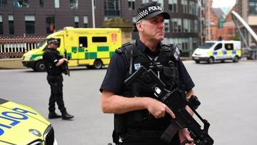 24-05-2017 10:16 Około 20 osób w stanie krytycznym po zamachu w Manchesterze. Wojsko chroni Pałac Buckingham, Downing Street, parlament
