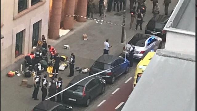 RTBF: W Brukseli napastnik z maczetą zaatakował patrol wojskowy