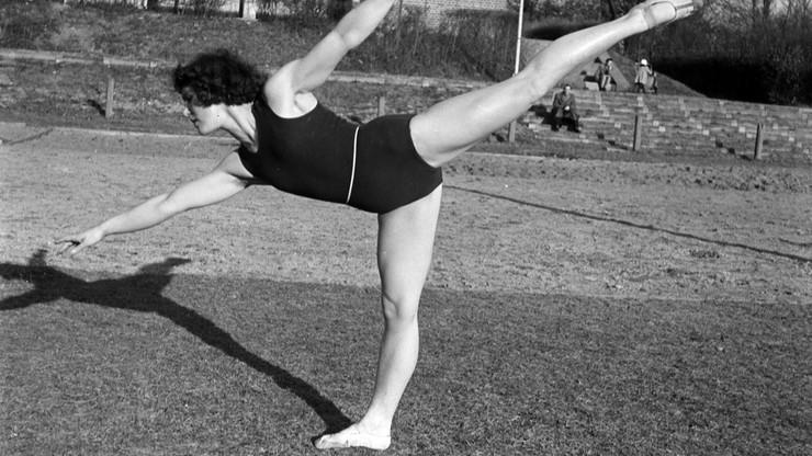 Gimnastyczne wyżyny, czyli rzecz o Helenie Rakoczy