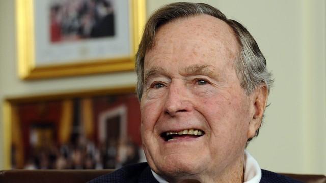 Były prezydent USA H.W.Bush w dobrym nastroju, czuje się lepiej