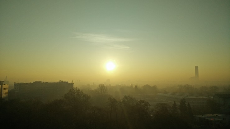 """Dolny Śląsk zaczyna walkę ze smogiem. """"Czyste powietrze to nasze prawo"""""""