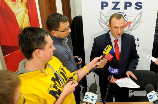 Zarząd PZPS odłożył decyzję o zawieszeniu prezesa i wiceprezesa