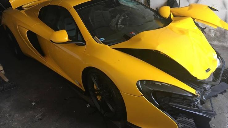 Rozbił sportowego McLarena wartego 675 tys. zł. Jechał nim bez wiedzy właściciela