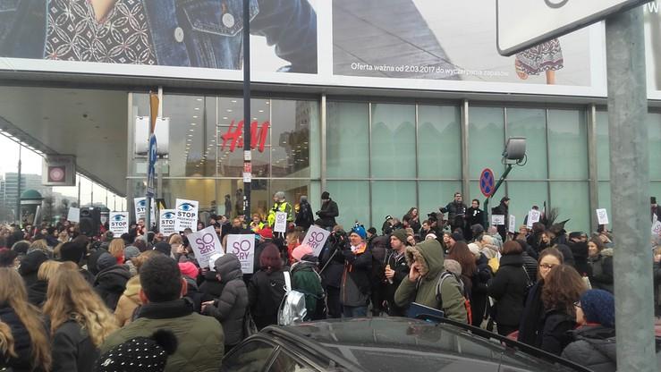 Demonstracja w stolicy z okazji Dnia Kobiet. Stop przemocy