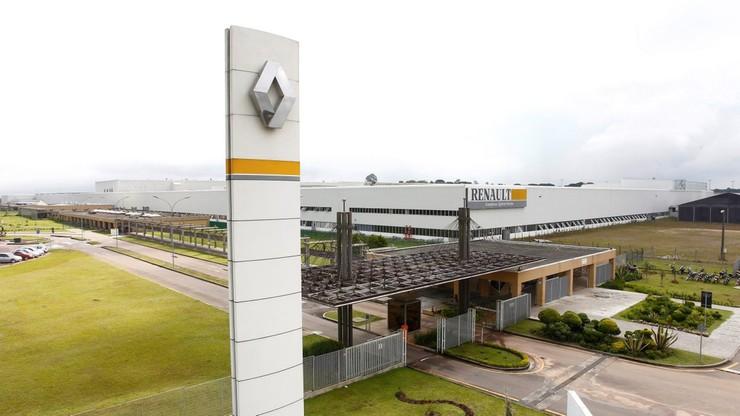 """Biura Renault przeszukane, akcje tanieją, w tle """"afera spalinowa"""""""