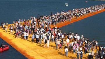 21-06-2016 05:51 Ogromne zainteresowanie instalacją Christo na jeziorze Iseo