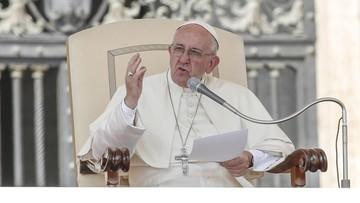 12-09-2016 15:09 Papież ustanowi dzień modlitw za ofiary pedofilii