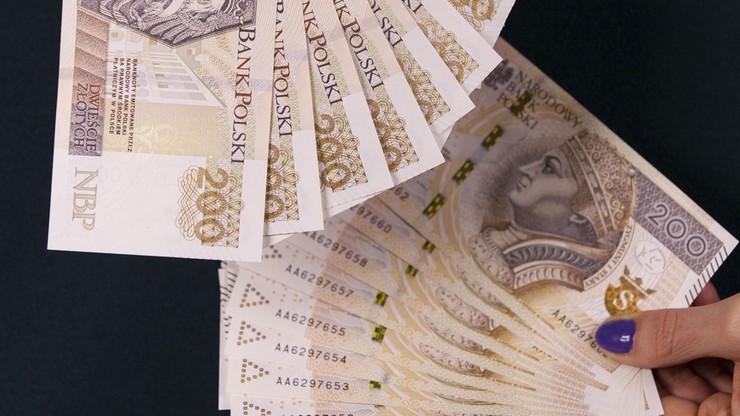 Jak zarabiać to na Mazowszu. Najgorsze pensje na Podkarpaciu i Mazurach