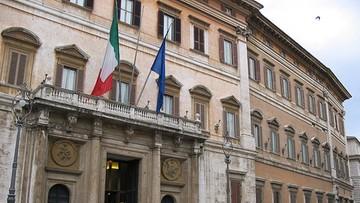 23-09-2016 06:14 Włochy: zakaz robienia zdjęć deputowanym, którzy śpią podczas obrad