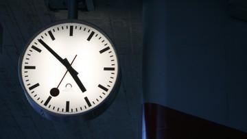 29-10-2016 06:48 Przypominamy: dziś w nocy cofnij swój zegarek o godzinę
