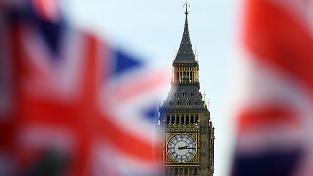 W. Brytania: policja aresztowała 9 osób w związku z atakiem na migranta