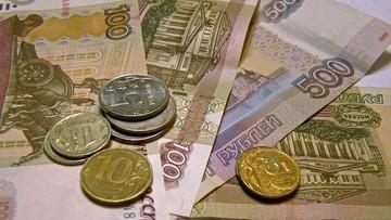 21-03-2017 09:36 Ekonomiści: embargo kosztuje każdego Rosjanina 76 dolarów rocznie