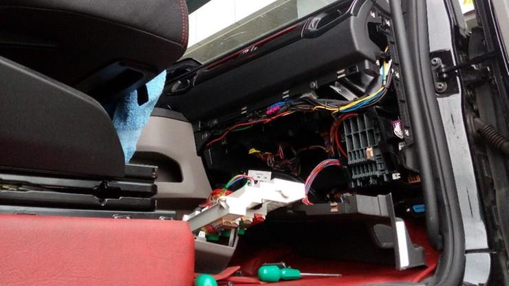 Niemiecki kierowca jechał przez Polskę, a tachograf rejestrował, że ma przerwę w podróży