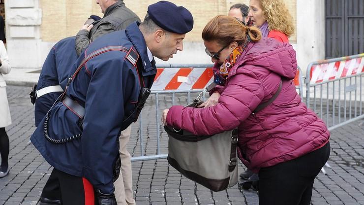 Wyjątkowe środki bezpieczeństwa na placu Świętego Piotra