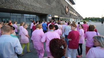 """31-05-2016 13:02 Minister zdrowia przyjechał do CZD. """"Mam nadzieję, że strajk będzie dziś zawieszony"""""""