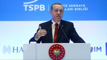 """06-11-2016 15:54 """"W ogóle mnie nie obchodzi"""". Erdogan o krytyce międzynarodowej po aresztowaniach Kurdów"""