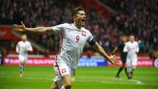 Jedziemy na mundial! Polscy piłkarze pokonali po dreszczowcu Czarnogórę i  zagrają w Rosji