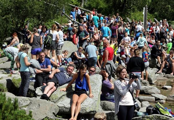 Morskie Oko: najazd turystów