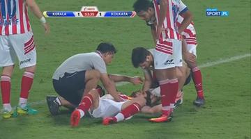 2016-12-18 W finale ligi indyjskiej polała się krew po latającym łokciu!
