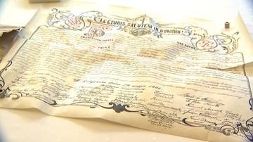 05-10-2015 21:00 Stuletni list znaleziony na kościelnej wieży
