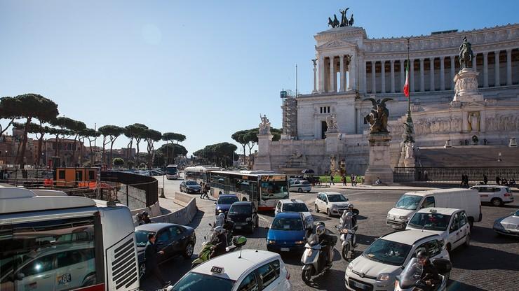 Burmistrz Rzymu pyta o fatalną komunikację. Do wygrania bilety na... metro i autobusy